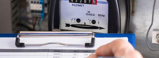 Šmejdské praktiky prodejců energií. Na tohle si dejte pozor!